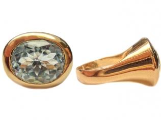 Золотое кольцо с топазом -