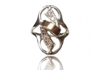 Серебряное кольцо с фианитом -