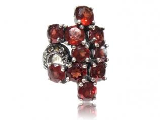 Серебряное кольцо с гранатом -