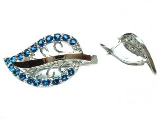 Серебряные серьги с сапфиром